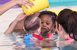 Bébés nageurs : bientôt la rentrée