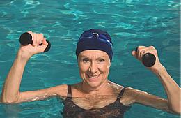 Seniors : les 60 nagent !