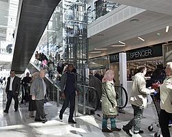 Avec 165 boutiques, Qwartz propose un choix d'enseignes nationales et internationales exceptionnel.