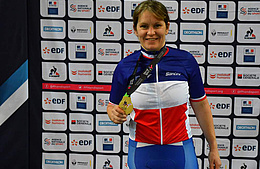 Christelle Ribault couronnée d'or au championnat de France Paracyclisme