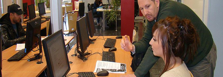 Espace emploi Malraux pour les jeunes de Villeneuve.