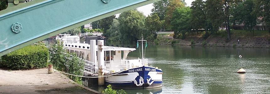 La Seine et le bateau Marie Louise.