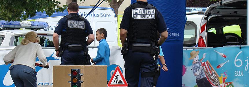 Chaque jour, les policiers municipaux veillent à assurer la sécurité des biens et des personnes.