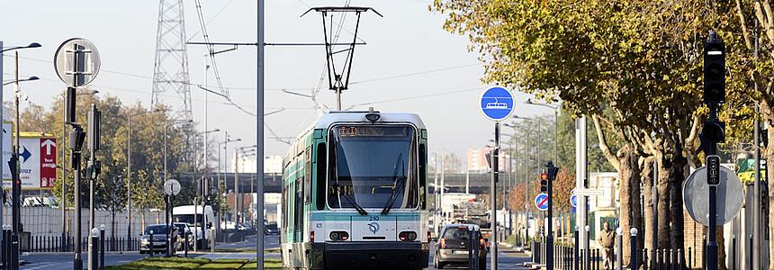 La ligne de tramway T1 à Villeneuve-la-Garenne.